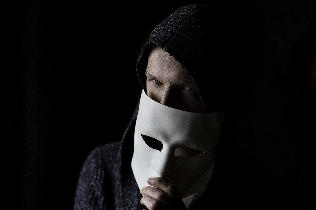 Dceestore XYZ - it is a Fraudulent Online Store
