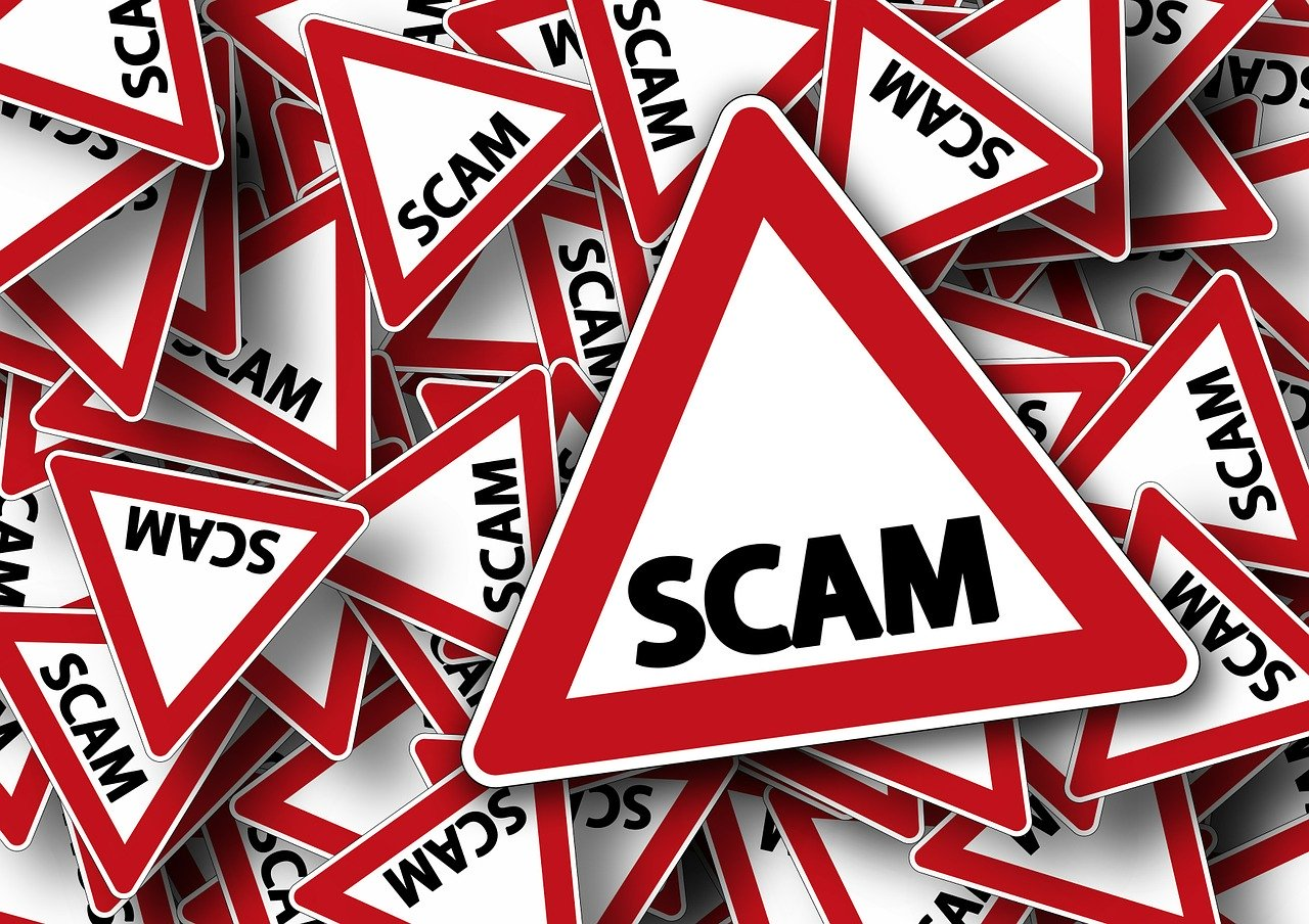 "The ""Robert Bailey"" Lottery Donation Scam Created by Scammers"